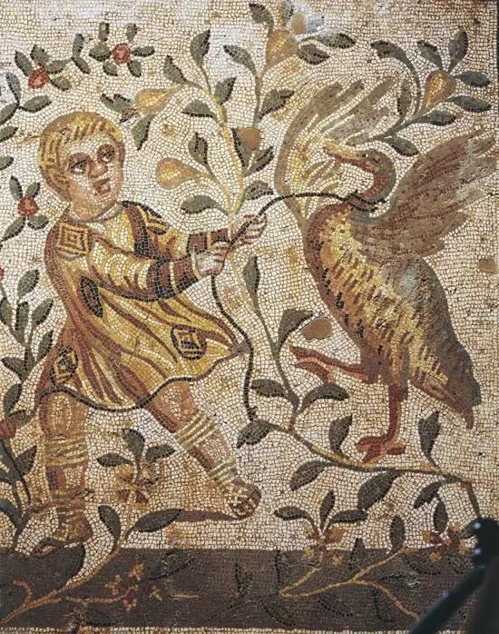 在西西里岛中部的卡萨尔的罗马别墅中,以马赛克描绘的生活场景或人物、动物随处可见。
