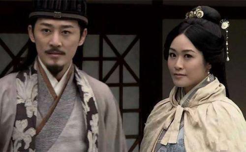 电视剧《回到三国》中梁嘉琪饰演黄月英。