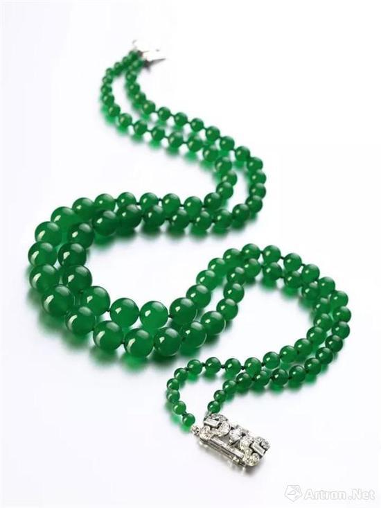 Woolworth-yard天然翡翠配钻石项链 成交价:910万港币