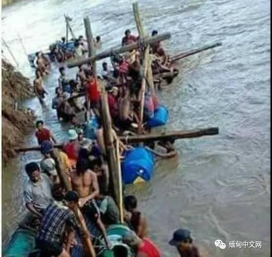 经过一番倒腾,几名青年发现,淤泥里的大木头可不一般。几个人合计着,找到了德耶贡村的百户长。