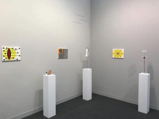 MaisterraValbuena画廊在2017年度弗里兹伦敦的展位。图片:Lorena Mu?oz-Alonso