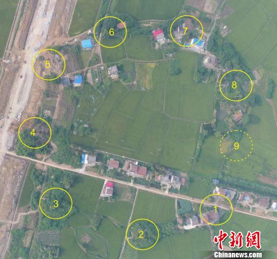 卫星地图上的九座古炮台位置。南县宣传部 供图