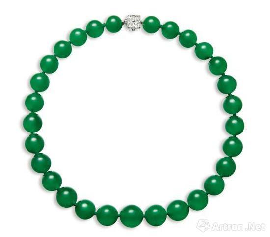珍罕卓绝 缅甸天然翡翠珠配钻石颈链,成交价:4720万港币