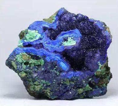 蓝铜矿和孔雀石共生