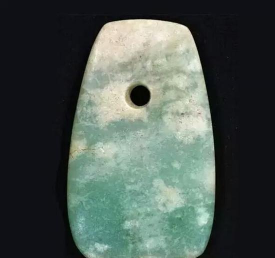 古代日本的翡翠饰品