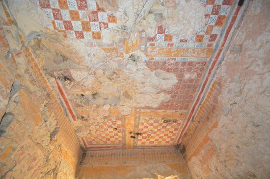 埃及文物部和专家们表示,这座罕见的古代埃及高规格平民墓葬有许多待解的谜团,需要更多时间去解谜。