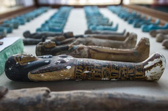 埃及发现3500年前罕见古墓 藏大量待解谜团