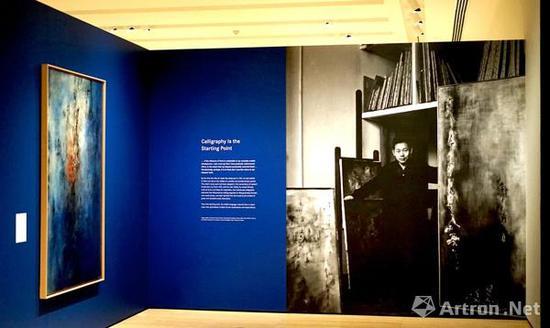 """2016年9月,""""无极限:赵无极""""在纽约亚洲协会美术馆展出,这是赵无极在美国举办的首个回顾展"""