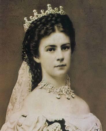 如果你认为茜茜公主成为第一夫人只是命好,就大错特错了。