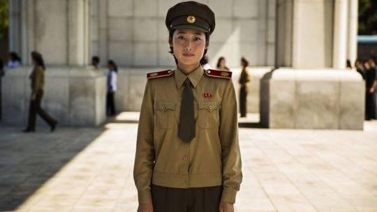 朝鲜一座军事博物馆的导游