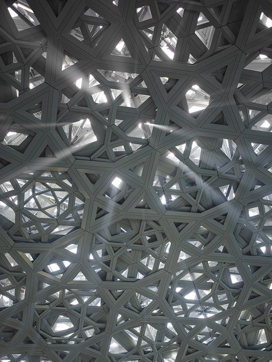 """极度复杂的几何穹顶共包含7850个""""星星"""""""