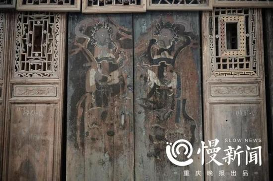 精美的门神门