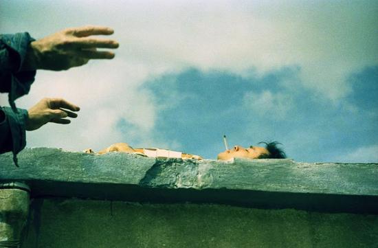 ▲夏永康,张国荣《春光乍泄》幕后照,1997