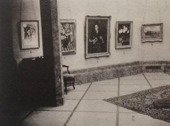 """1945年10月比利时La Petite Gallery 举办""""沙耆个展""""展览现场"""