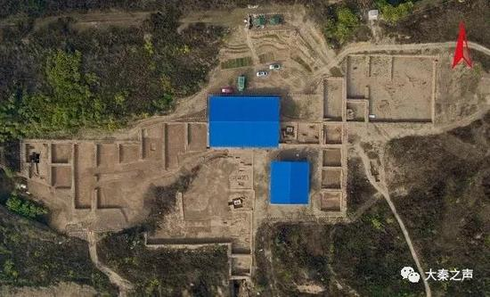 杨官寨遗址庙底沟文化墓地发掘区航拍