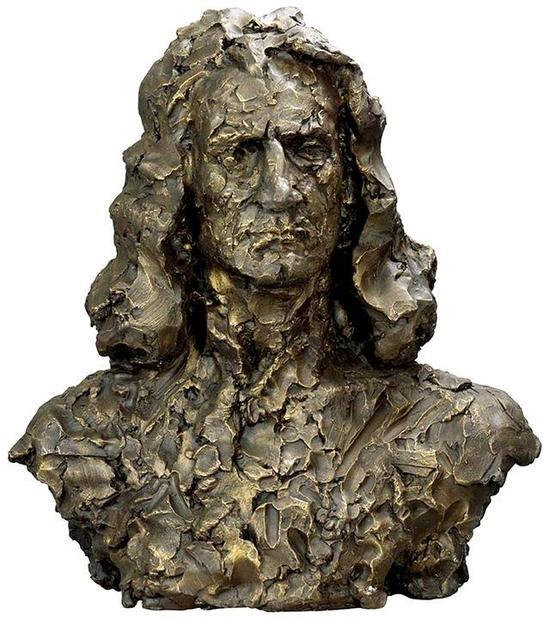 司徒安 牛顿 52cmX25cmX57cm 铸铜 2008年