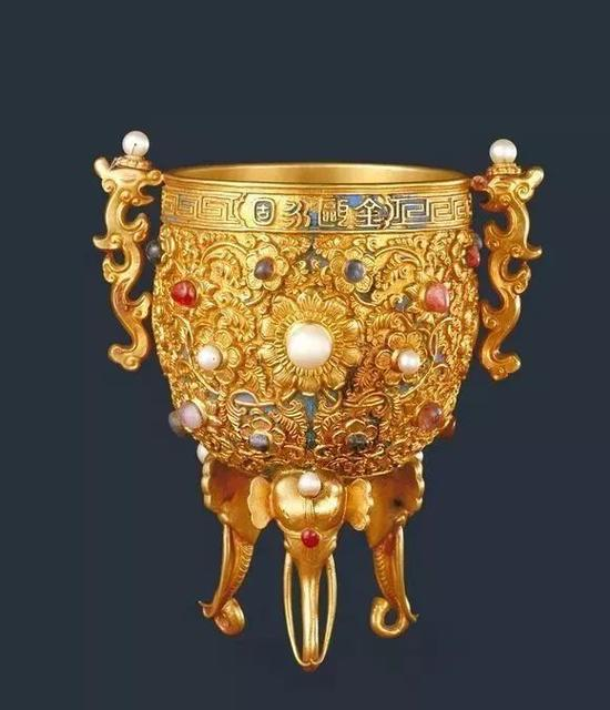 金瓯永固杯 国家一级文物 北京故宫博物院