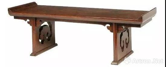 黄花梨微型翘头案 十七至十八世纪 长51厘米 宽18.8 厘米 高16厘米
