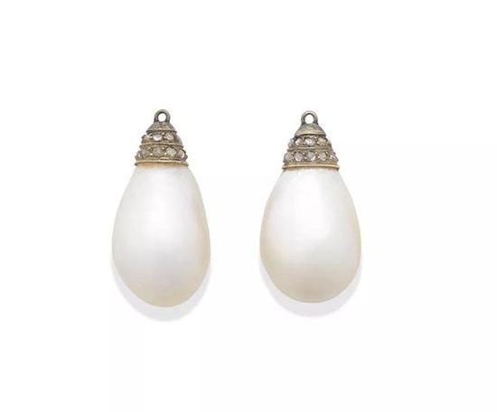 天然珍珠配钻石吊坠耳环