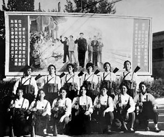 原京棉二厂的女民工合影