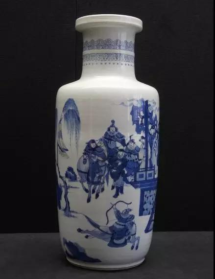 青花山水人物棒槌瓶 清康熙 故宫博物院
