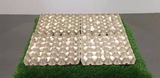 王敏-《培育》-60×60cm-综合材料-2018