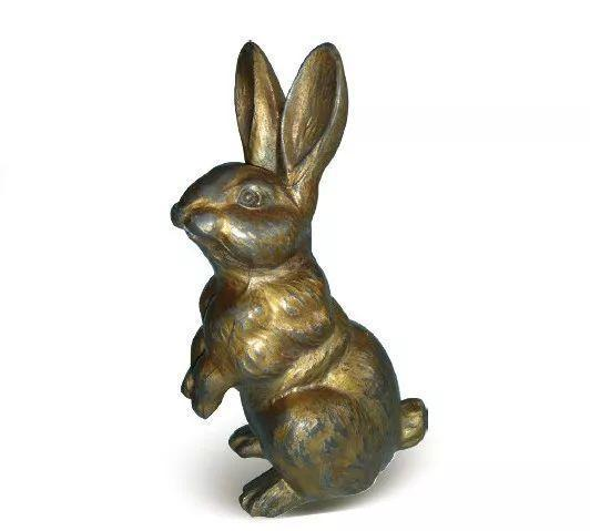 [清]锡鎏铜铸型硕耳跃兔倒流壶 高17.5厘米