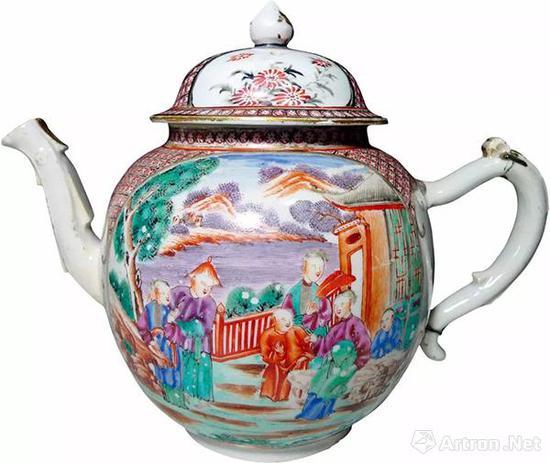 欧洲锔补清乾隆广彩满大人图大茶壶