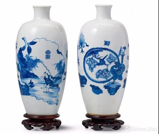 清康熙 青花博古开光得利图观音瓶及花鸟图观音瓶两件