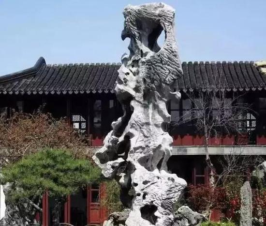 图:留园 冠云峰
