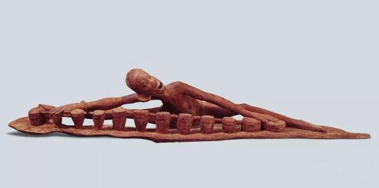 陶醉 J。马塔布威(坦桑尼亚) 2003年 27.5成绩140.5×37.8cm