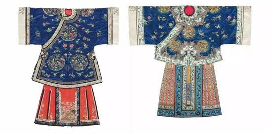 ▌清 19世纪 蓝地团人物图女袍及裙装 一组四件