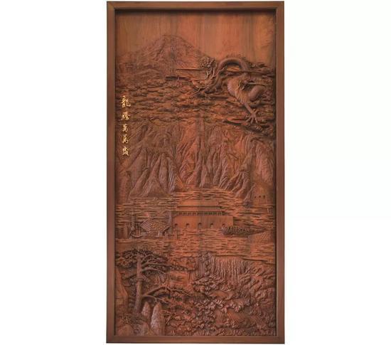 《龙腾万万岁》 216×20×428cm材质:花梨木