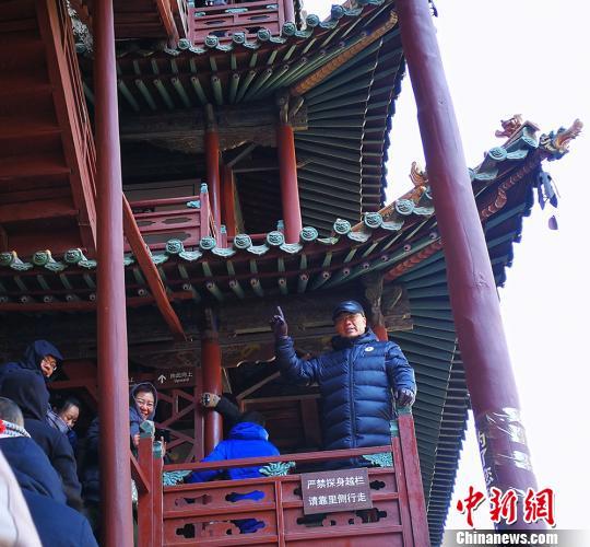 路鎖柱將今年的春節之旅選在山西,這個保留中國古建筑最多的省份。 楊杰英 攝