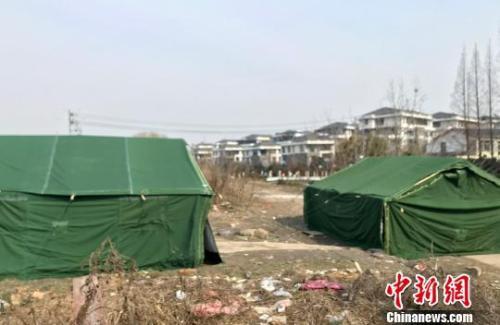 资料图:被拆除的考古帐篷已恢复。 崔佳明 摄