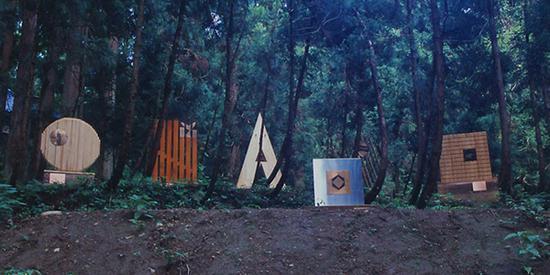 Bruno Mathon的作品《六种美德》,灵感来自假设自然对人类所说的话