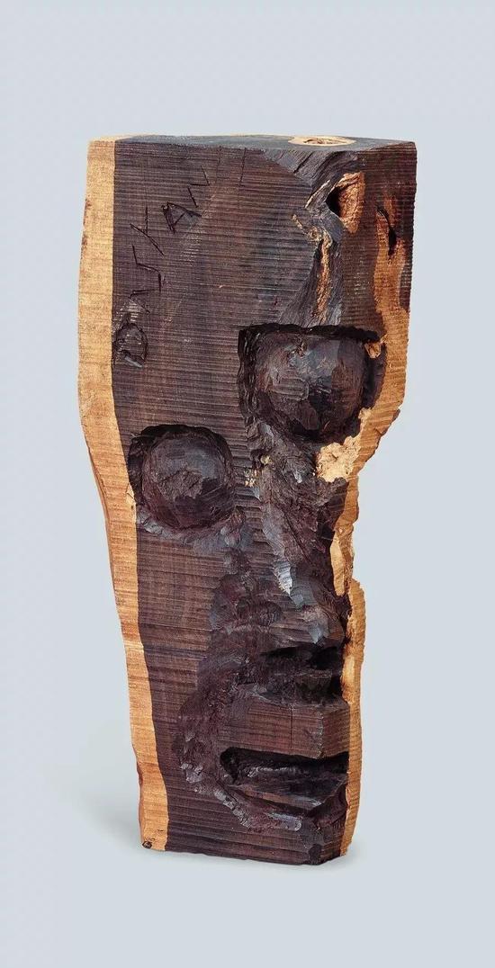 恐惧 达斯塔尼(坦桑尼亚)2000年 36.8×10.6×16.5cm