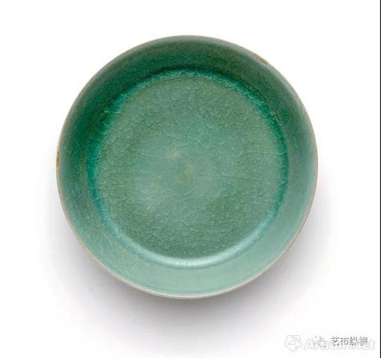 北宋 汝窑天青釉洗 成交价294,287,500港元 香港苏富比2017年秋拍