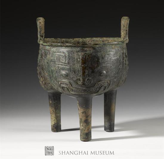 商 兽面纹鼎图片由上海博物馆提供