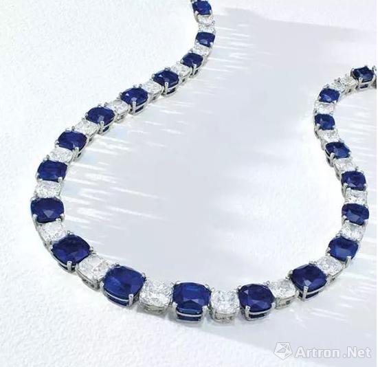 10.56至3.02克拉枕形克什米尔天然蓝宝石项链
