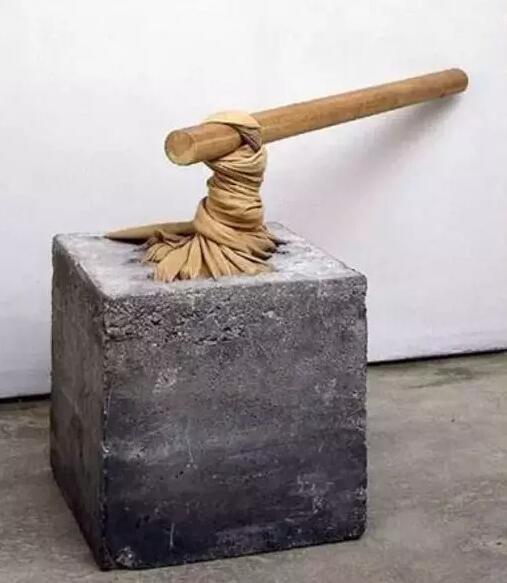 奥瓦尼·安塞尔莫的贫穷艺术作品