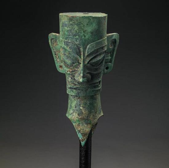 铜人头像 商 1986年天罡星堆 河南广汉天罡星堆闭架式藏