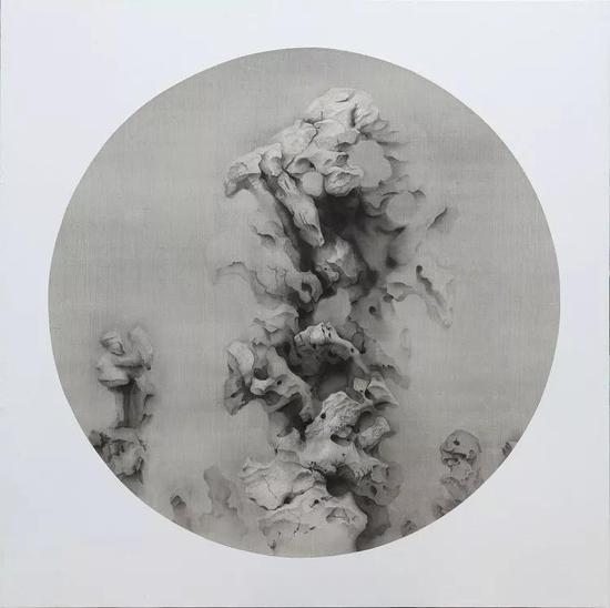 《无名》 2018年 绢本水墨 直径:102cm
