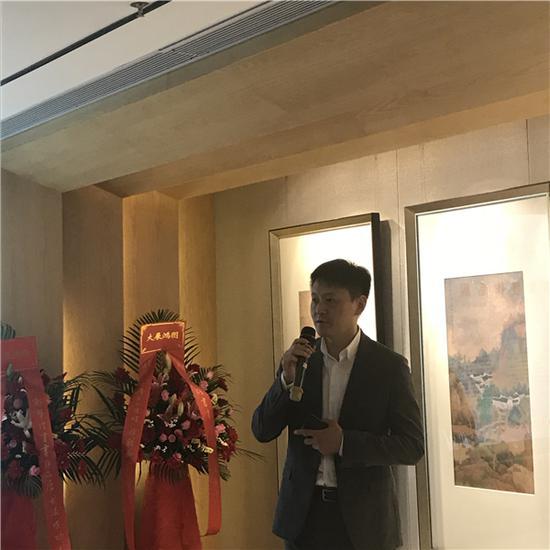 王昕海先生(著名画家)深圳东方美术馆馆长主持