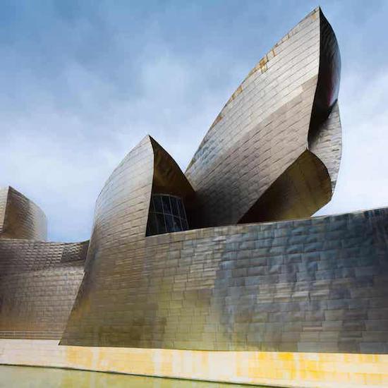 西班牙毕尔巴鄂古根海姆美术馆