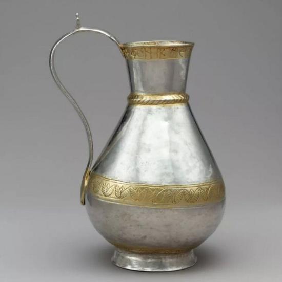 八世纪拜占庭鎏金银壶,大都会博物馆藏品 ? The Metropolitan Museum of Art。