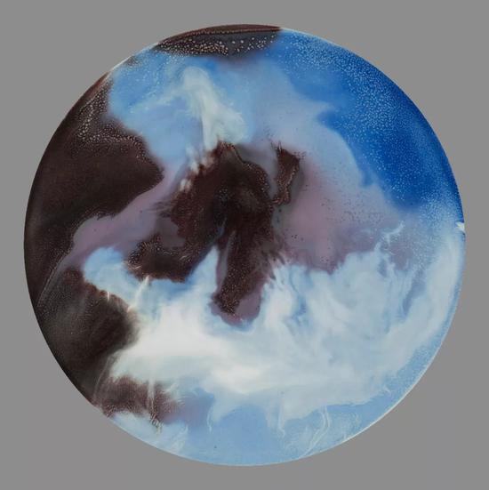 《海》 瓷器 55x55cm 2016