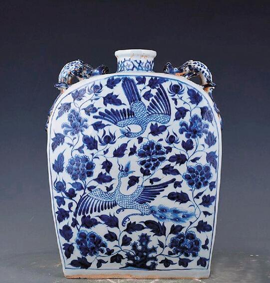 元 青花孔雀麒麟纹四系扁壶 伊朗国家博物馆藏