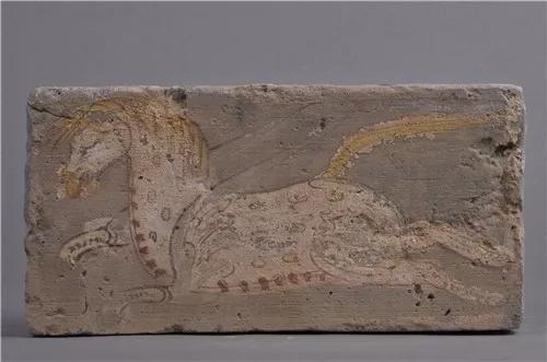 西晋·彩绘天马图砖,敦煌市博物馆藏