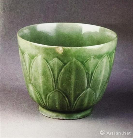 莲瓣纹碗 2000年清凉寺出土